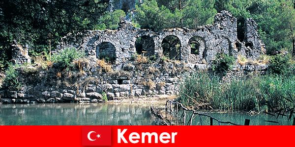 Kemer rappresenta la parte europea della Turchia