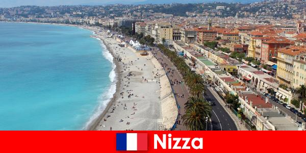 Scopri la spiaggia da sogno di Nizza in Francia