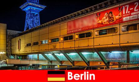 Vivi la vita notturna di Berlino con bordelli e nobili modelli di escort