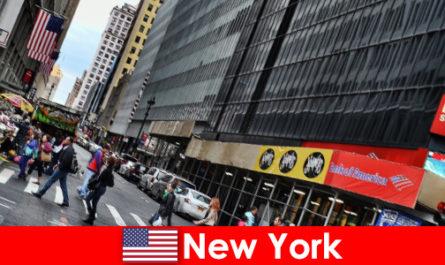 Le sculture walk-in sono una delle nuove attrazioni di New York