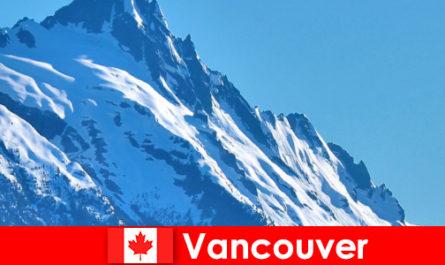 La città di Vancouver in Canada è la principale meta del turismo alpinistico