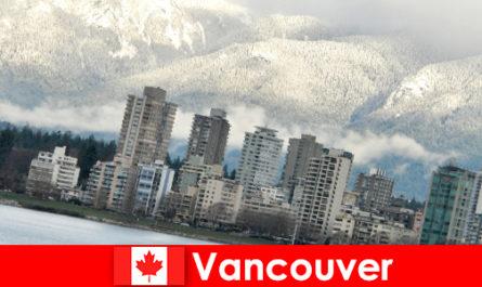 Vancouver, la meravigliosa città tra oceano e montagne, apre molte opportunità per i turisti sportivi