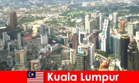 Kuala Lumpur in Malesia Gli amanti dell'Asia vengono qui ancora e ancora