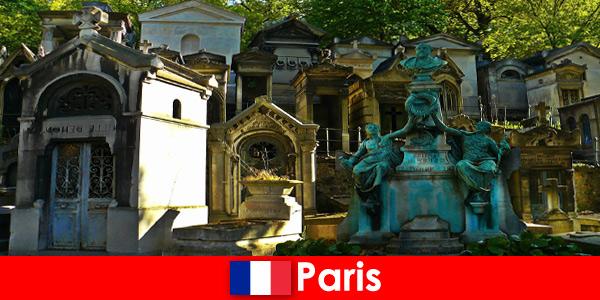 Viaggio in Europa per gli amanti dei cimiteri con tombe straordinarie in Francia Parigi