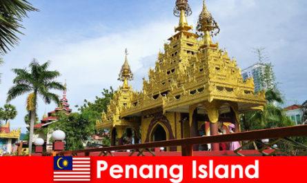 La migliore esperienza per i turisti stranieri nei complessi di templi dell'isola di Penang