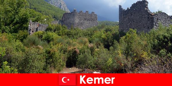 Viaggio di studio alle antiche rovine di Kemer in Turchia per esploratori