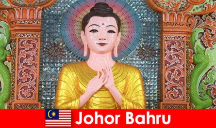 Pacchetti turistici ed escursioni culturali per turisti a Johor Bahru Malaysia