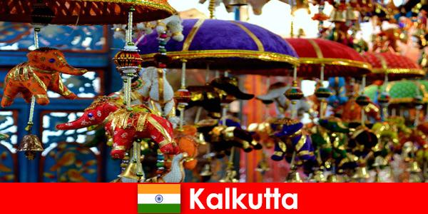Cerimonie religiose colorate a Calcutta, in India, un consiglio di viaggio per gli stranieri