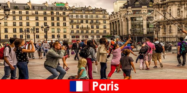 La maggior parte degli stranieri viene a Parigi per conoscersi