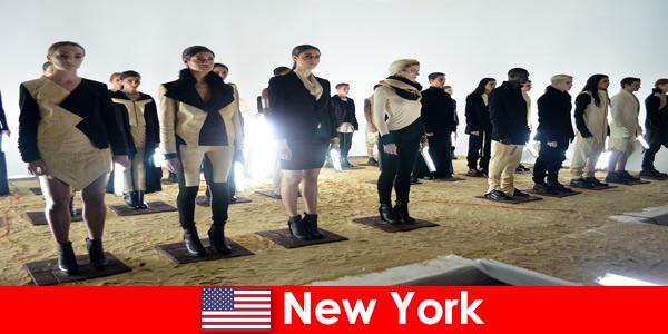 Tour culturale per sconosciuti nel famoso quartiere dei teatri di New York negli Stati Uniti