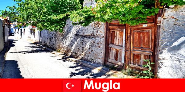 Villaggi pittoreschi e gente del posto ospitale accolgono i turisti a Mugla in Turchia