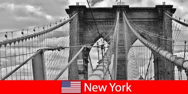 Viaggio spontaneo all'estero nella metropoli di New York negli Stati Uniti
