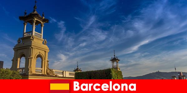 I siti archeologici di Barcellona, in Spagna, attendono avidi turisti di storia