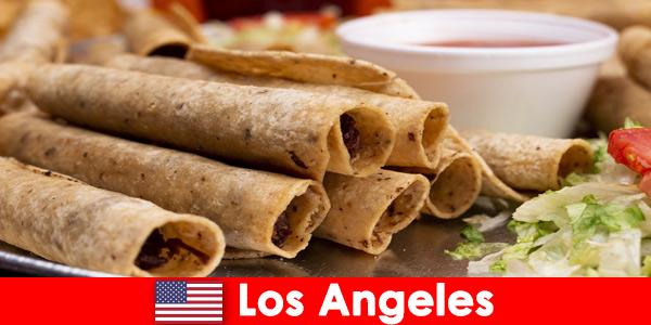 I visitatori stranieri possono aspettarsi un variegato evento culinario nei migliori ristoranti di Los Angeles negli Stati Uniti