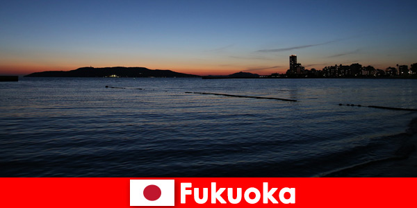 Tour di gruppo regionale attraverso la bellissima città di Fukuoka in Giappone