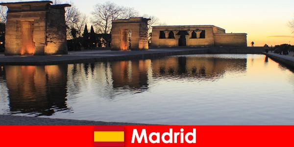 Destinazione popolare per le escursioni a Madrid in Spagna per studenti europei